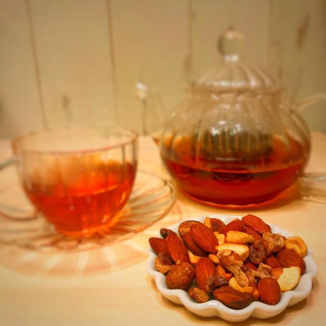 茶葉燻製ナッツ